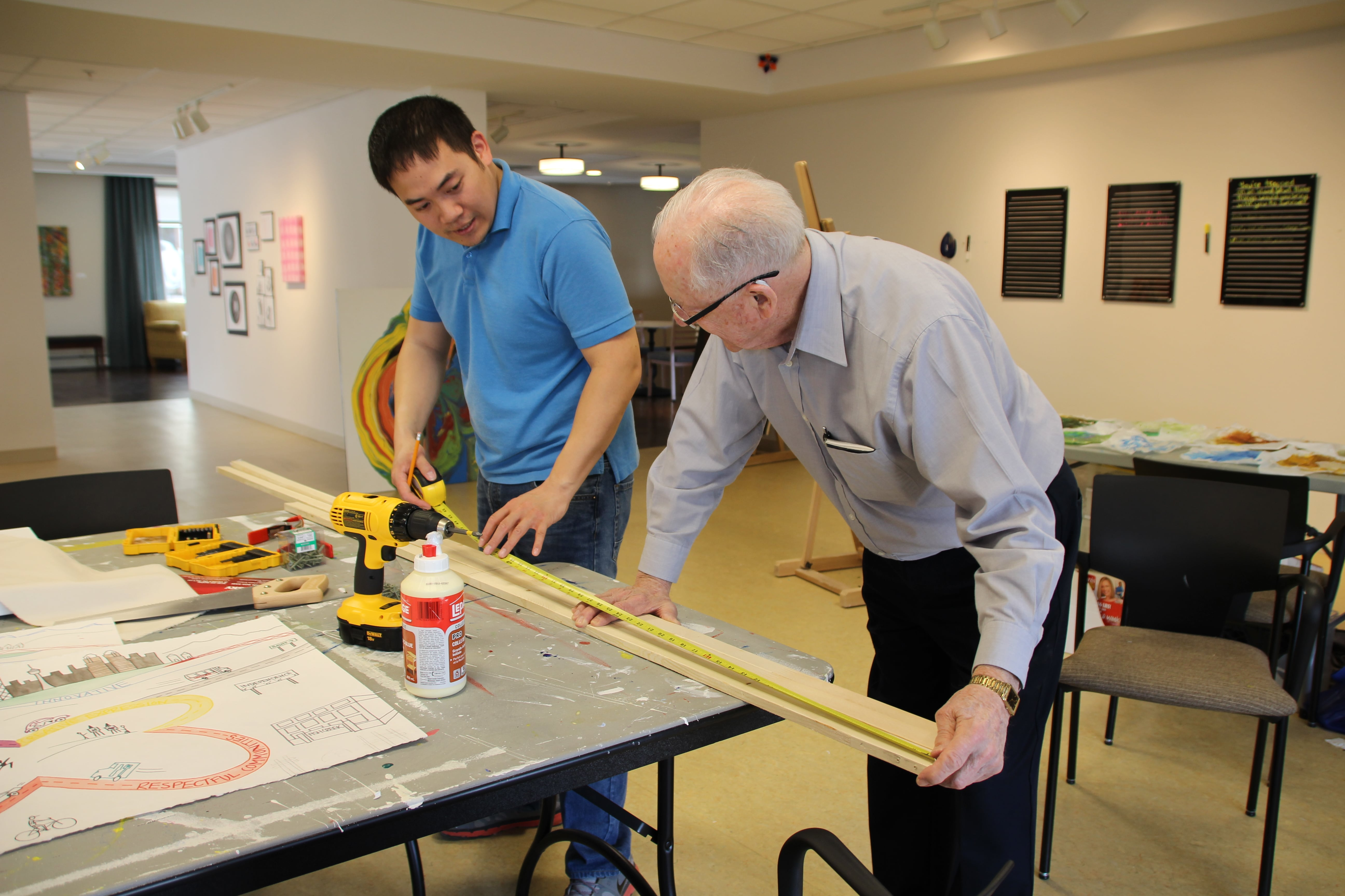 Jeff Chan and resident Al Gething in the Fish Creek art studio