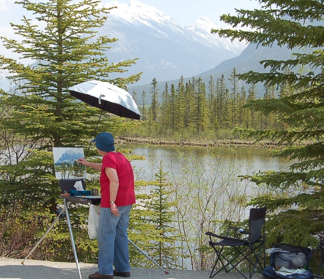 Jean painting Mount Rundle in Banff National Park