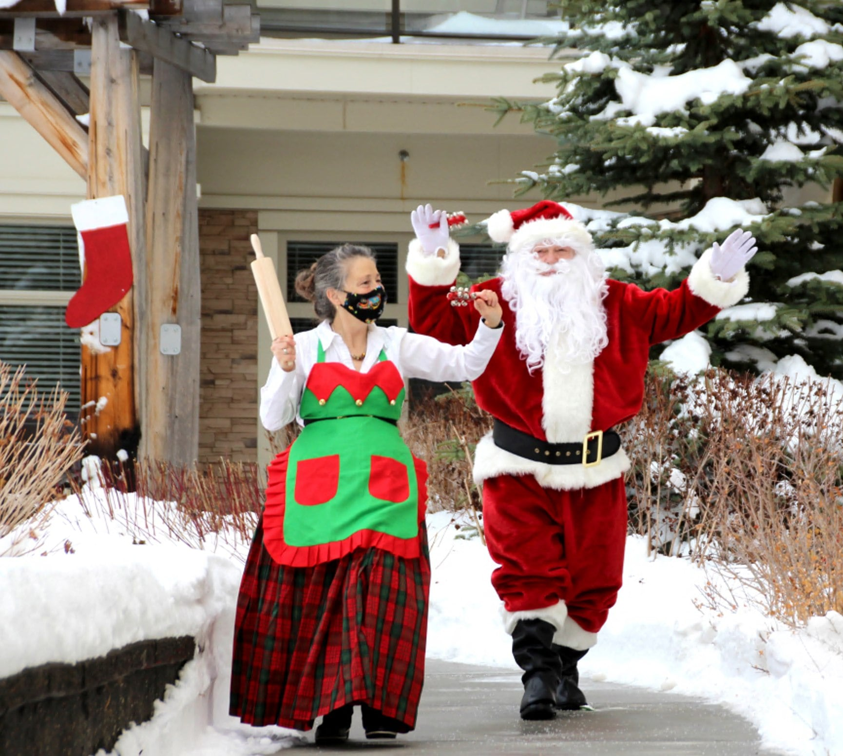 Santa and Mrs. Claus spread holiday cheer